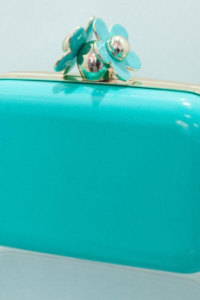 Блакитна сумочка