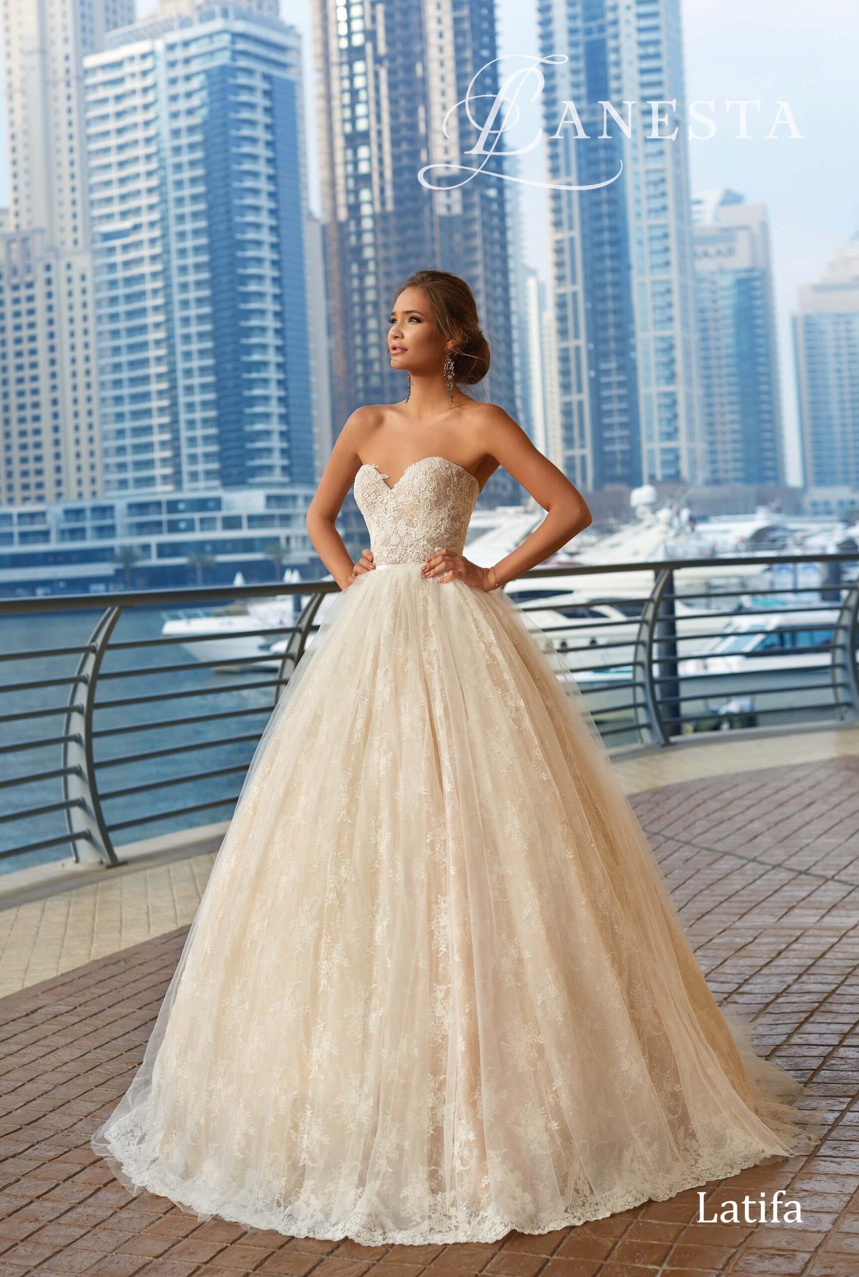 Весільна сукня Latifa Lanesta